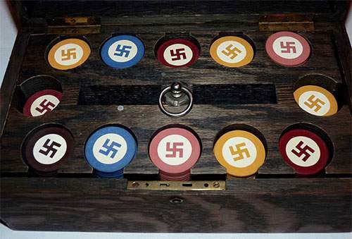 poker set swastika world war 2